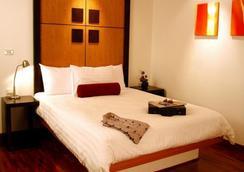 格罗蒂诺公寓酒店 - 曼谷 - 睡房