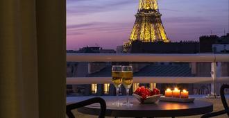 巴黎埃菲尔铁塔馨乐庭公寓酒店 - 巴黎 - 阳台