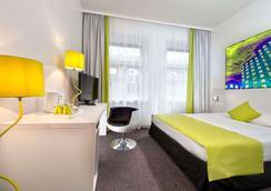 杜塞尔多夫市中心温德姆花园国王大道酒店 - 杜塞尔多夫 - 睡房