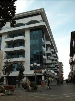 拉克罗马公寓式酒店 - 格拉多 - 建筑