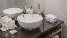 坎特利套房酒店 - 蒙特利尔 - 浴室