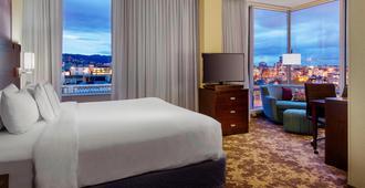 波特兰市中心万怡酒店 - 波特兰 - 睡房