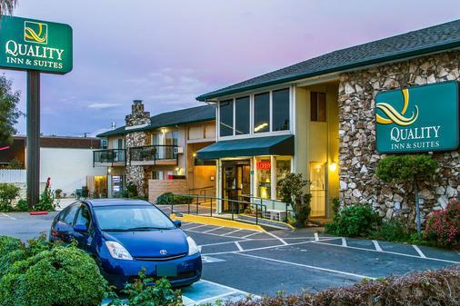 圣克拉拉品质套房酒店 - 圣克拉拉 - 建筑