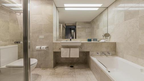 悉尼达令港宾乐雅酒店 - 悉尼 - 浴室