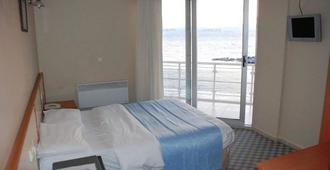 帕斯菲克酒店 - 切什梅 - 睡房