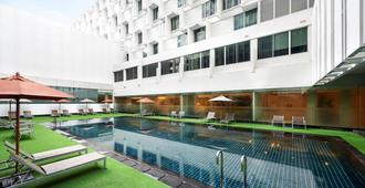 曼谷中心点文华大酒店 - 曼谷 - 游泳池