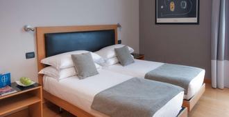 贝斯特韦斯特ars酒店 - 罗马 - 睡房