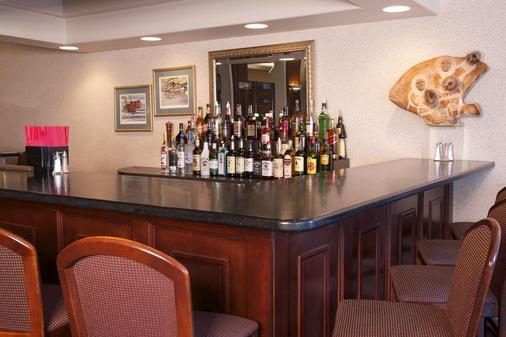 韦奇伍德酒店 - 费尔班克斯 - 酒吧