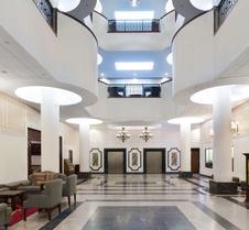 男爵广场温德姆花园酒店
