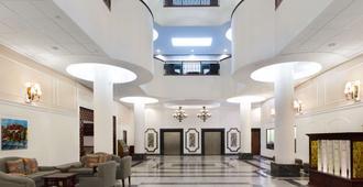 男爵广场温德姆花园酒店 - 新奥尔良 - 大厅