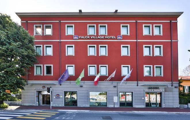贝斯特韦斯特法尔克村米兰塞斯托酒店 - 塞斯托-圣乔凡尼 - 建筑