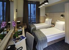 Wellton Centrum 水疗酒店 - 里加 - 睡房