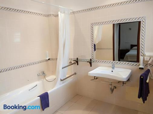 巴拉亚马酒店 - 阿尔布费拉 - 浴室