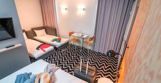提姆意大利布特加勒酒店 - 巴黎 - 睡房