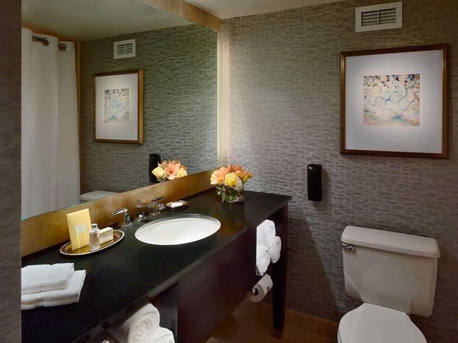 休斯顿皇家索尼斯塔酒店 - 休斯顿 - 浴室