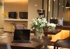 釜山阿文特里酒店 - 釜山 - 休息厅