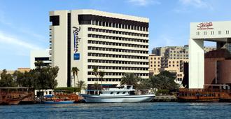 迪拜德伊勒河丽笙酒店 - 迪拜 - 建筑