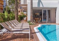 Hm阿尔玛海滩酒店 - 马略卡岛帕尔马 - 游泳池
