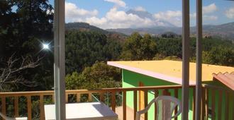 Casa Chapina Francesa - 安地瓜 - 阳台