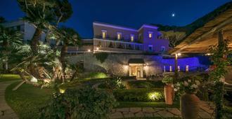 卡普里酒店及水疗中心滨海别墅 - 卡普里岛 - 建筑