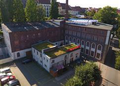 潘森匹克贝罗酒店 - 格尔利茨 - 建筑