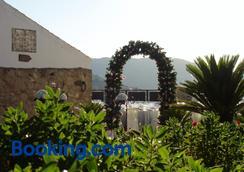 科特萨琳娜酒店 - 隆达 - 户外景观