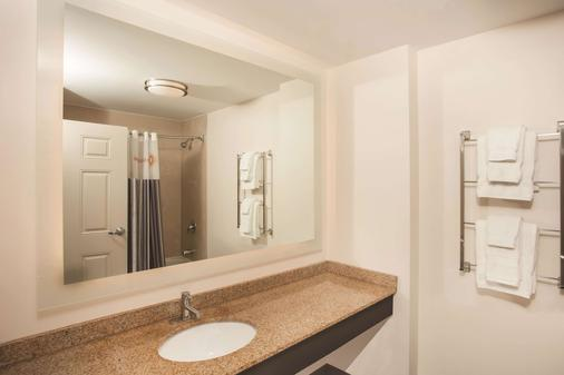 拉金塔芝加哥市中心旅馆&套房 - 芝加哥 - 浴室
