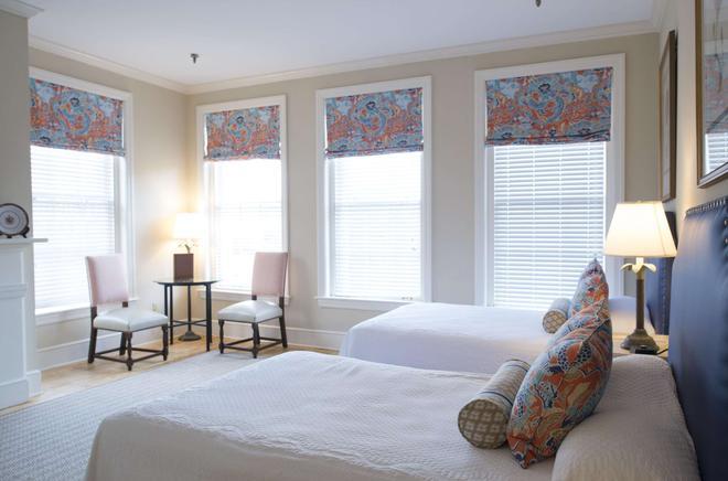 金丝庭院旅馆 - 查尔斯顿 - 睡房