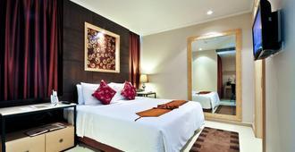 曼谷大将军酒店 - 曼谷 - 睡房