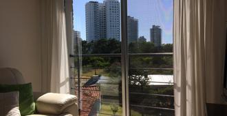 艾迪格里尔公寓酒店 - 埃斯特角城 - 阳台