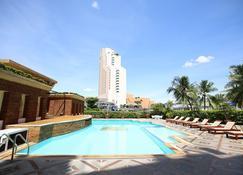 科萨酒店及购物中心 - 坤敬 - 游泳池