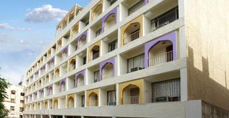 曼达继贾亚国际酒店 - 海得拉巴