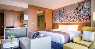 诺富特首尔龙山全套房大使酒店 - 首尔 - 睡房