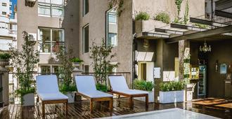 雷科莱塔区诗歌大厦酒店 - 布宜诺斯艾利斯 - 游泳池