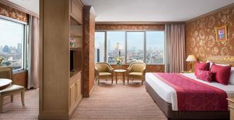 王子宫殿酒店 - 曼谷 - 睡房