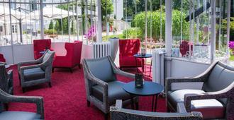 图尔贝尔蒙特城堡克雷斯特精选酒店 - 图尔 - 休息厅