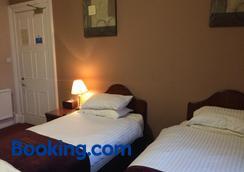 爱丁堡汉普顿酒店 - 爱丁堡 - 睡房