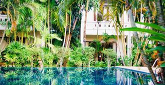 轻松时光酒店 - 苏梅岛 - 游泳池