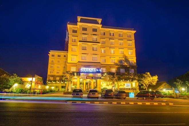 诺曼斯酒店- 三宝垄 - 三宝垄 - 建筑