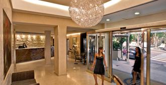 雷吉纳玛格丽塔酒店 - 卡利亚里 - 大厅