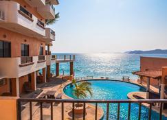 阿隆德拉酒店 - 艾拉纳维达德岛 - 游泳池