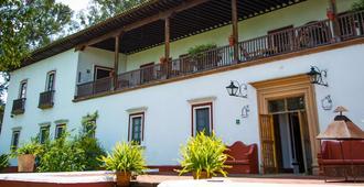 最佳西方plus酒店-波萨达德多瓦斯科 - 帕茨夸罗 - 建筑