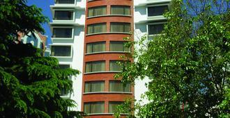 丽兹公寓酒店 - 拉巴斯 - 建筑