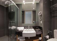 博阿维斯塔宜必思尚品酒店 - 博阿维斯塔 - 浴室