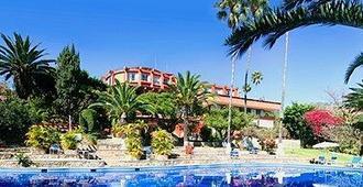 瓦哈卡维多利亚酒店 - 瓦哈卡 - 游泳池