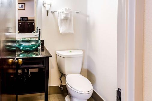 查尔斯顿康福特茵酒店 - 查尔斯顿 - 浴室