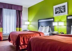 凯艺套房酒店-迈尔斯堡75号州际公路 - 迈尔斯堡 - 睡房