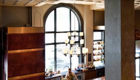 摩纳哥巴尔的摩内港金普顿酒店 - 巴尔的摩 - 餐馆