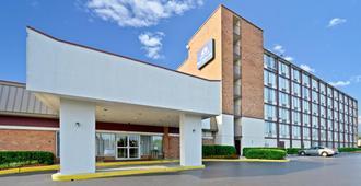 巴尔的摩美洲最佳价值酒店 - 巴尔的摩 - 建筑