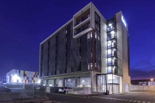 曼科阿罗佩圣地亚哥酒店 - 圣地亚哥 - 建筑